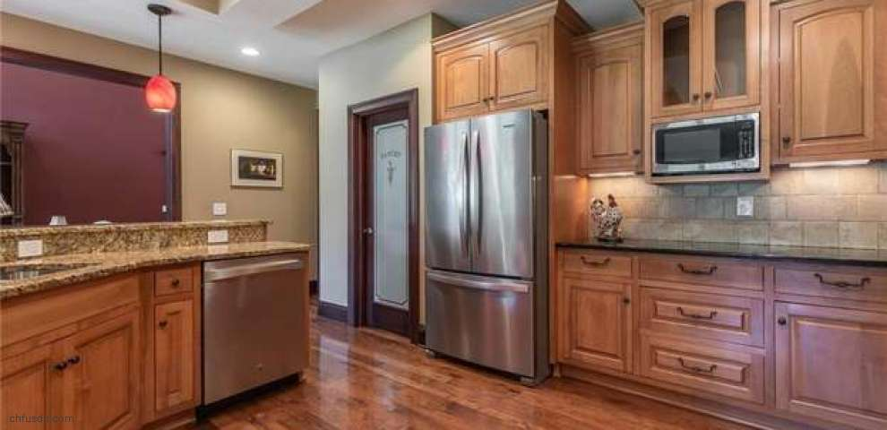 16890 Moreland Ln, Chagrin Falls, OH 44023 - Property Images