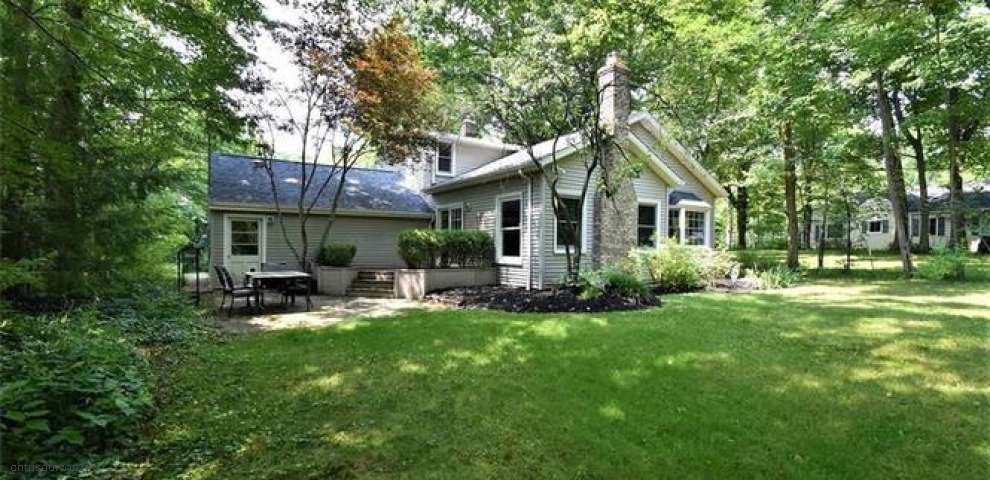 17061 Sunset Dr, Chagrin Falls, OH 44023 - Property Images
