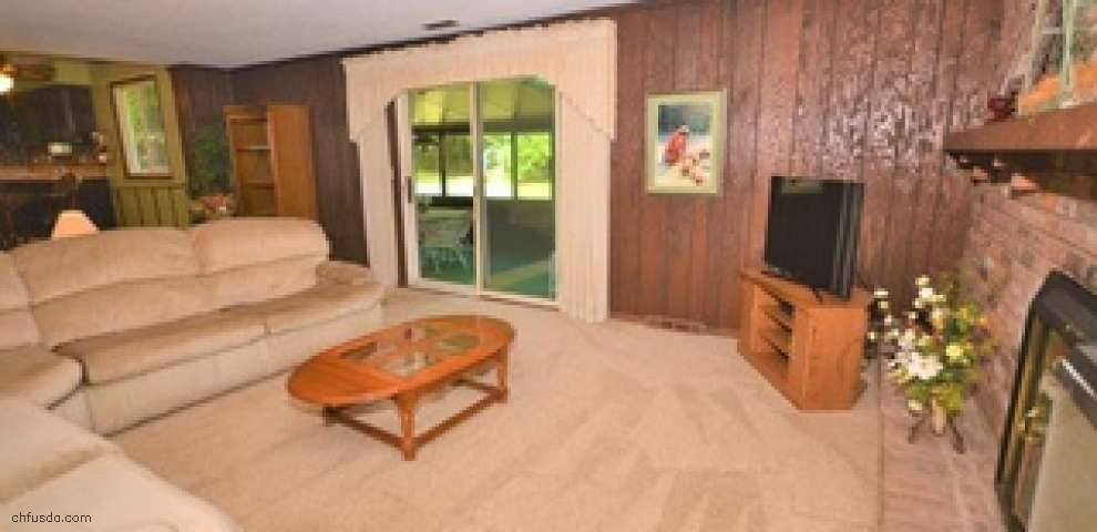 17285 Woodacre Trl, Chagrin Falls, OH 44023 - Property Images