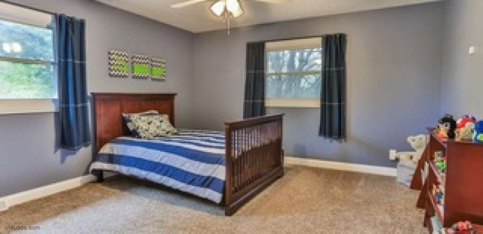 17516 Merry Oaks Trl, Chagrin Falls, OH 44023 - Property Images