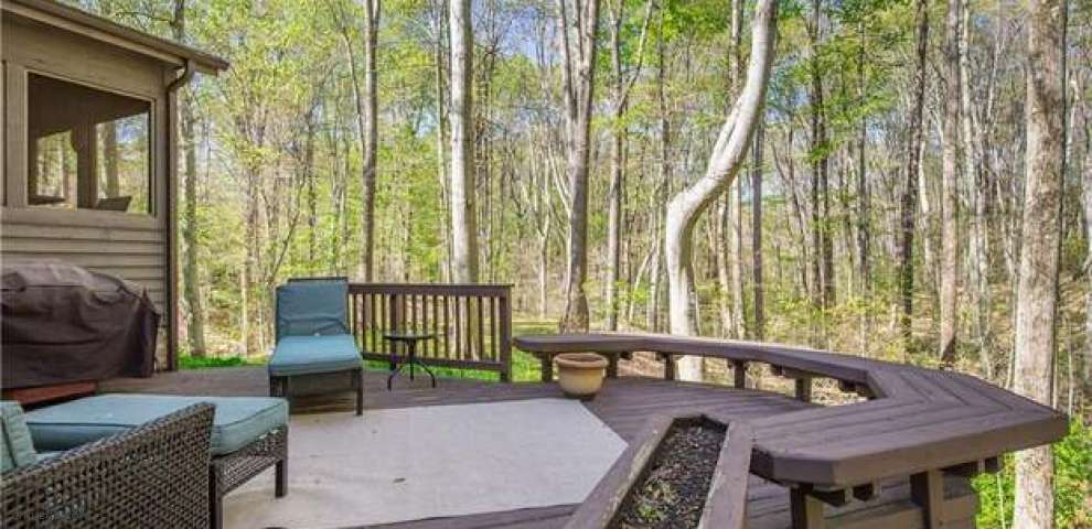 17840 Northwood Lakes Dr, Chagrin Falls, OH 44023 - Property Images