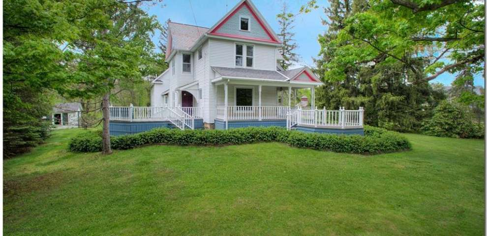17920 Chillicothe, Chagrin Falls, OH 44023