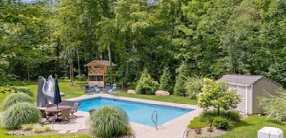 18040 Cinnamon Trl, Chagrin Falls, OH 44023 - Property Images