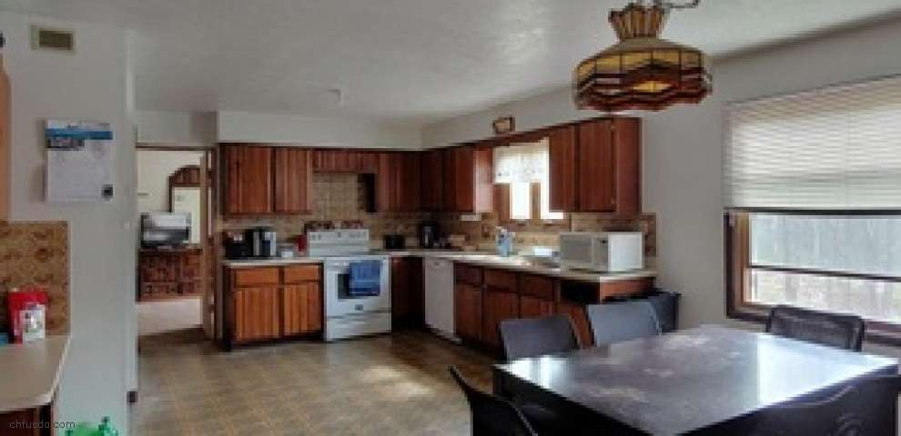 18938 Highpoint Rd, Chagrin Falls, OH 44023 - Property Images