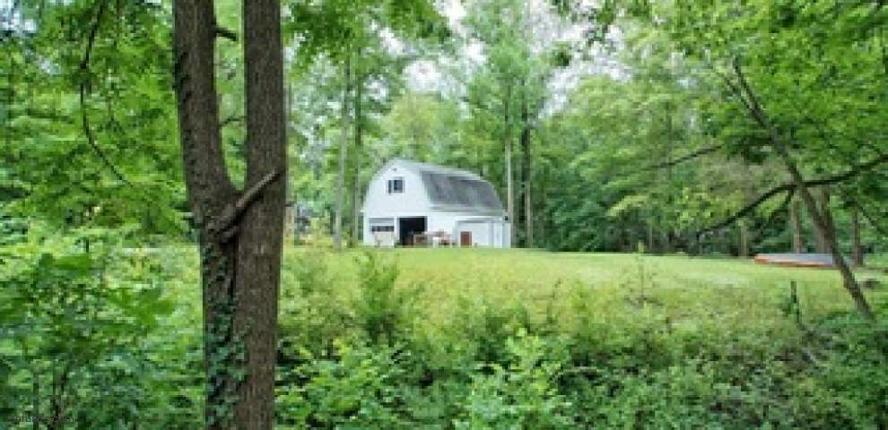 11250 Highland View Dr, Chardon, OH 44024 - Property Images