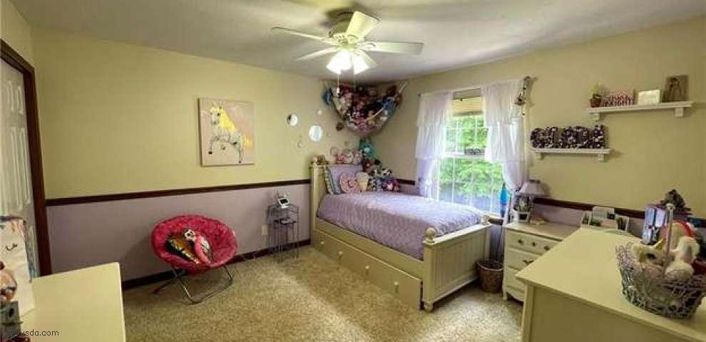 118 Sugarbush Gln, Chardon, OH 44024 - Property Images