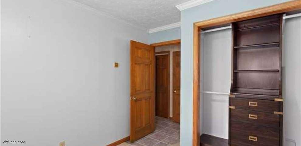 7521 Devon Ln, Chesterland, OH 44026 - Property Images