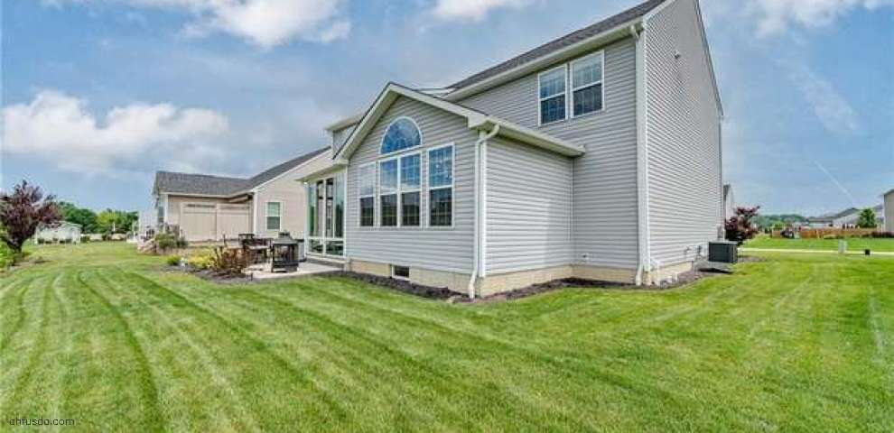 11678 White Tail Run, Columbia Station, OH 44028