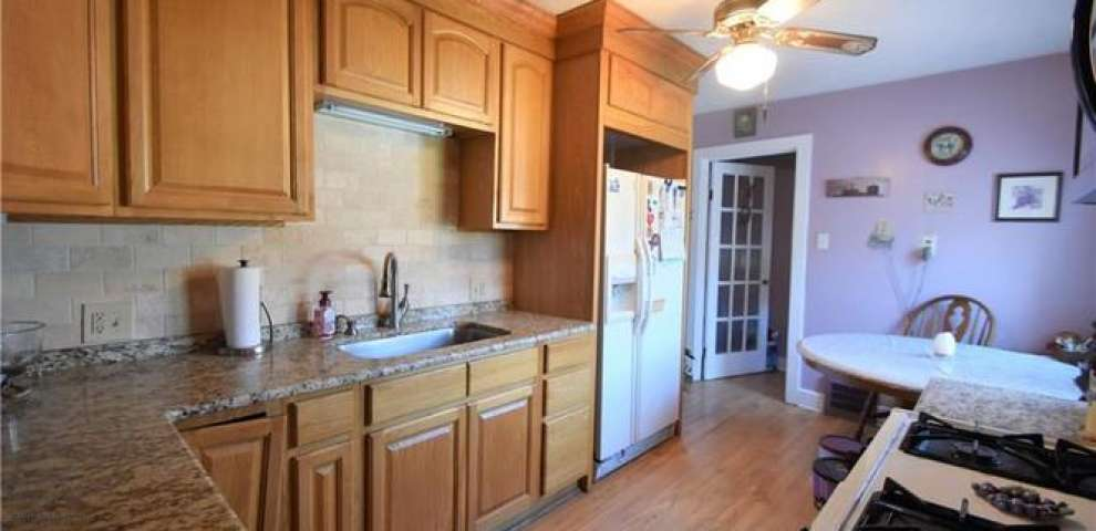 13763 Station Rd, Columbia Station, OH 44028
