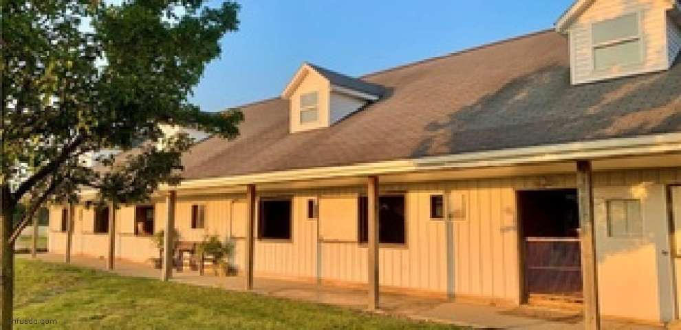 16501 Station Rd, Columbia Station, OH 44028