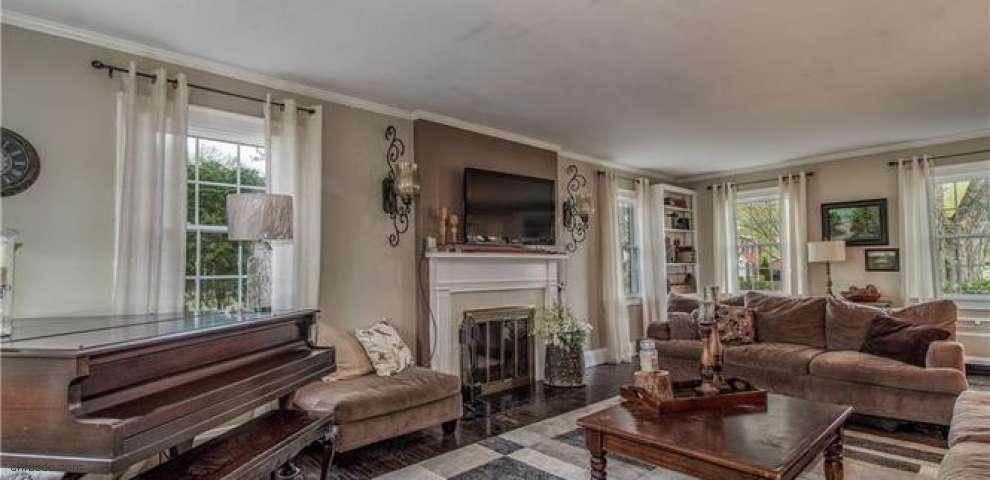 137 Leith Walk, Conneaut, OH 44030 - Property Images