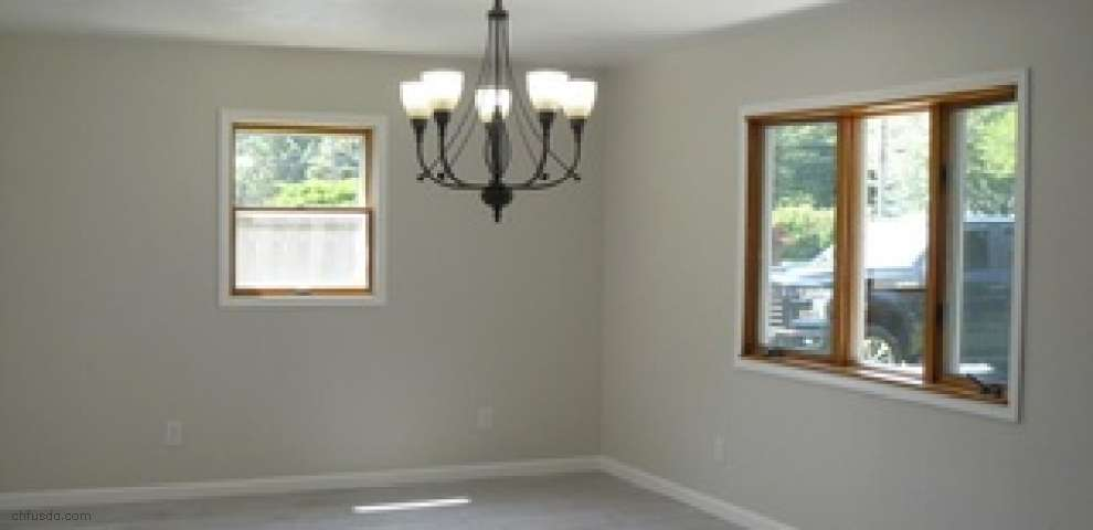 1481 Lake Rd, Conneaut, OH 44030 - Property Images