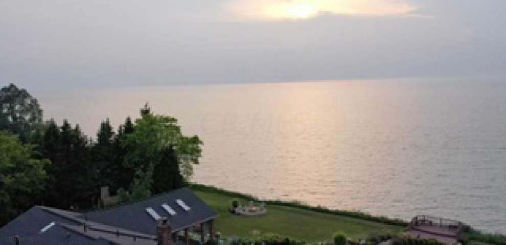 2829 Lake Rd, Conneaut, OH 44030 - Property Images