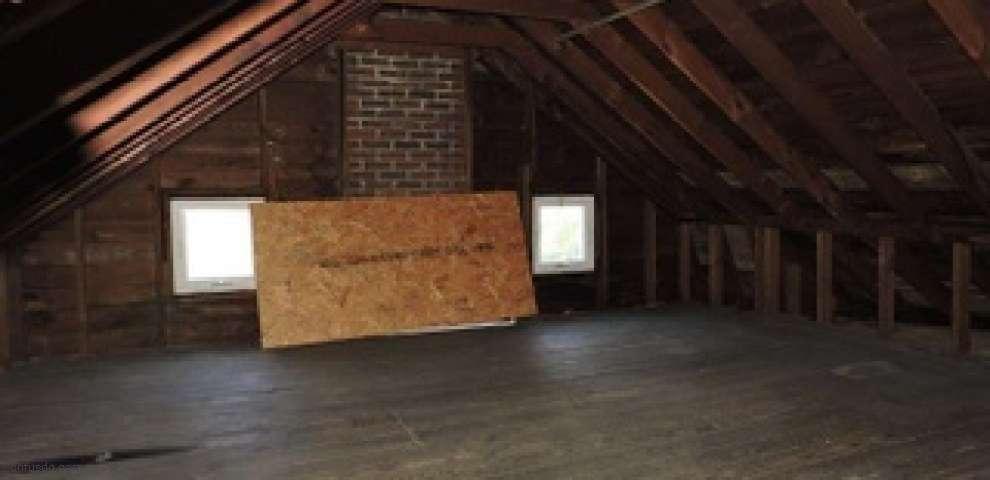3881 E Center St, Conneaut, OH 44030 - Property Images