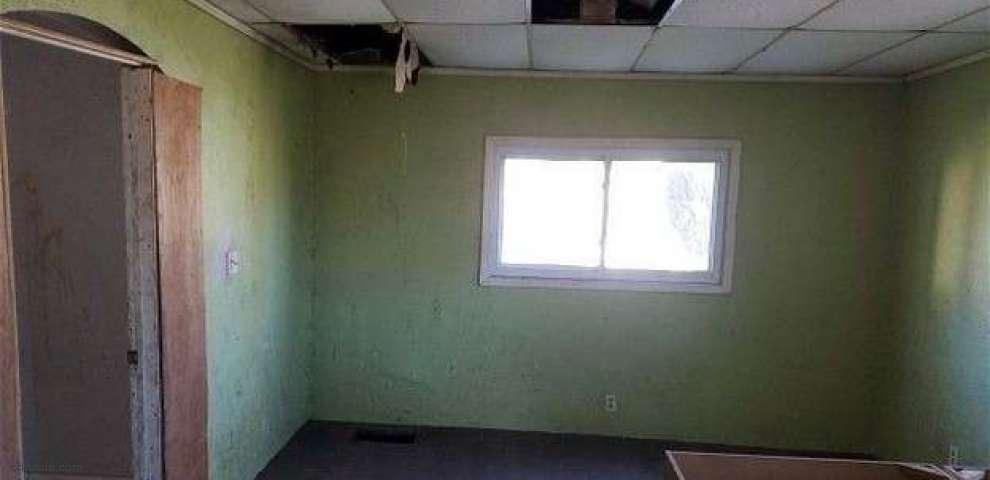 400 Beaver St, Conneaut, OH 44030 - Property Images