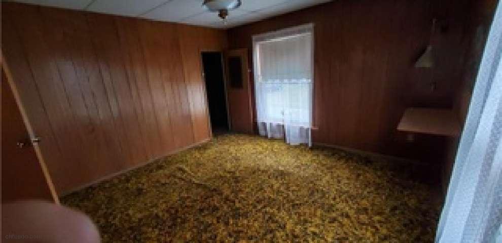 408 Bank St, Conneaut, OH 44030 - Property Images