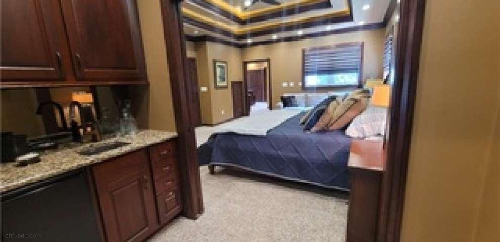 634 Detroit St, Conneaut, OH 44030 - Property Images