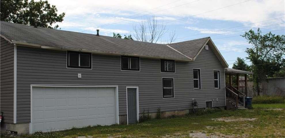 10464 Lagrange Rd, Elyria, OH 44035