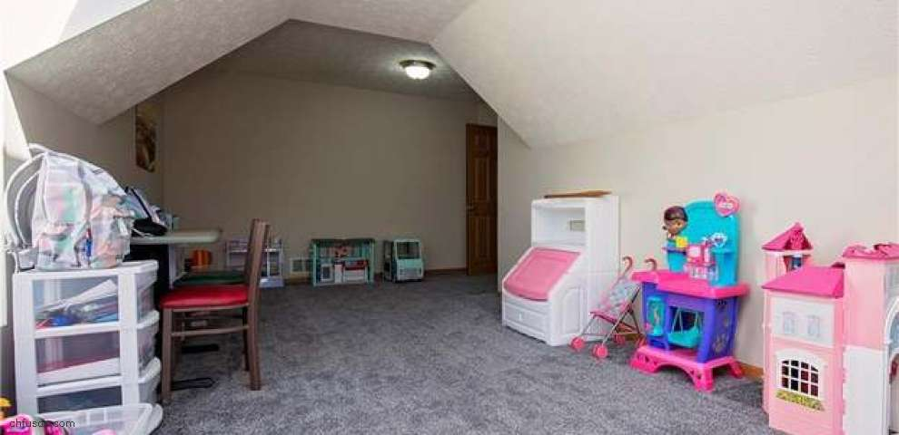 109 Regency Ct, Elyria, OH 44035 - Property Images