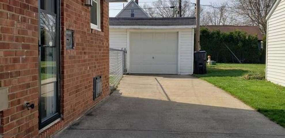 113 Lafayette St, Elyria, OH 44035 - Property Images