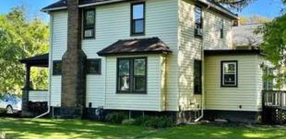 704 Woodland Ave, Elyria, OH 44035
