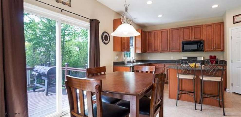32035 Lilac Ln, North Ridgeville, OH 44039