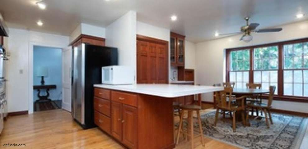 1638 Berkshire Rd, Gates Mills, OH 44040