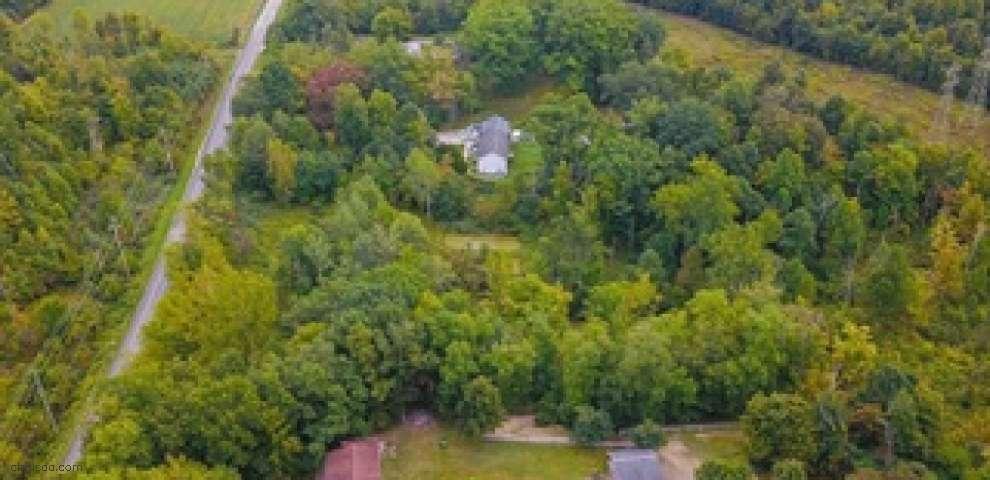 5094 S River Rd E, Harpersfield, OH 44041