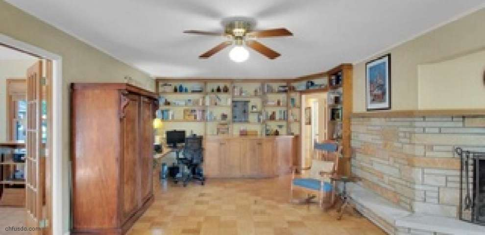12 Grover Ct, Grafton, OH 44044