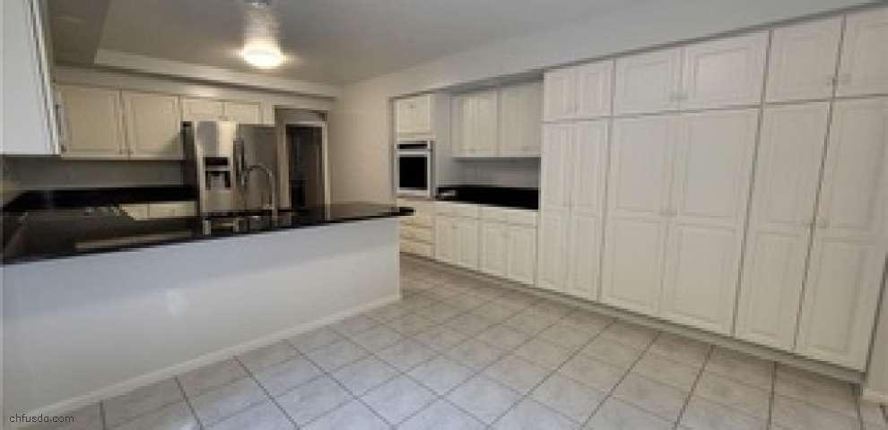 15715 Stillwell Rd, Huntsburg, OH 44046 - Property Images