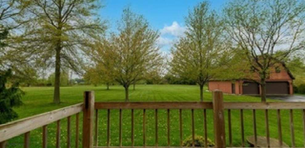 3776 Wood Rd, Madison, OH 44057
