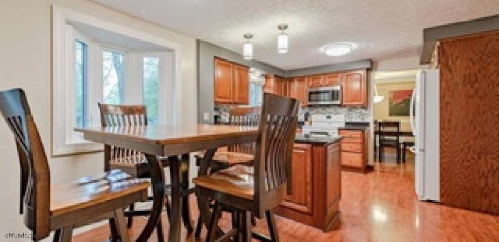 5848 Grovewood Dr, Mentor, OH 44060