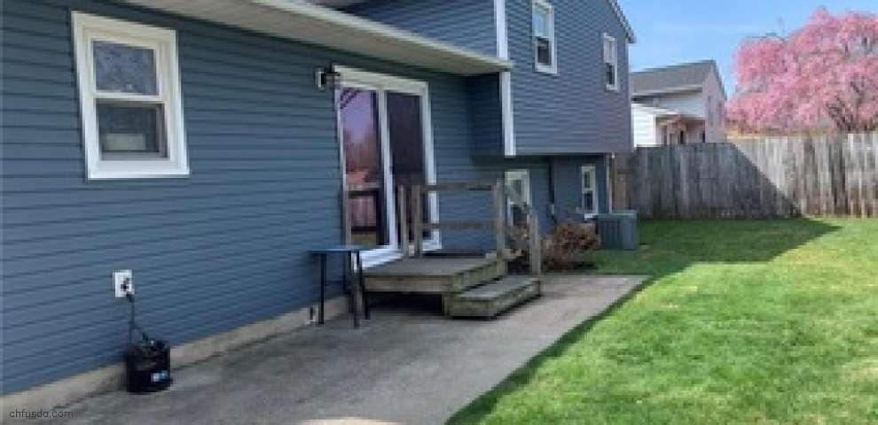 7593 Goldenrod Dr, Mentor-On-The-Lake, OH 44060