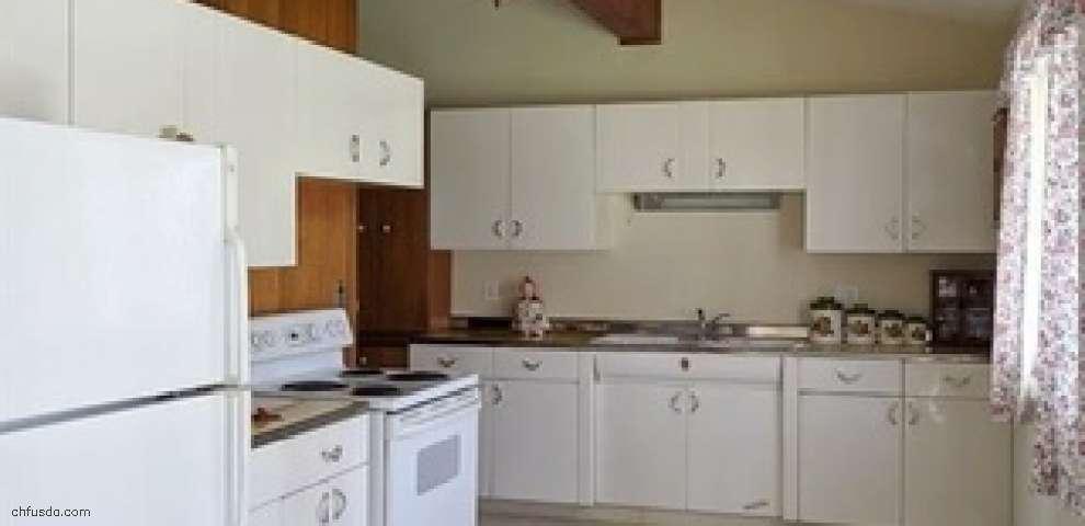 9194 Boyer Ln, Kirtland Hills, OH 44060