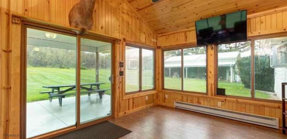 12592 Clay St, Middlefield, OH 44062