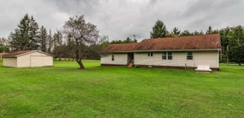 10401 Clay St, Montville, OH 44064
