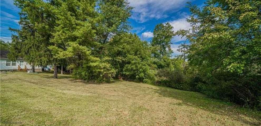 14811 Highview Dr, Newbury, OH 44065