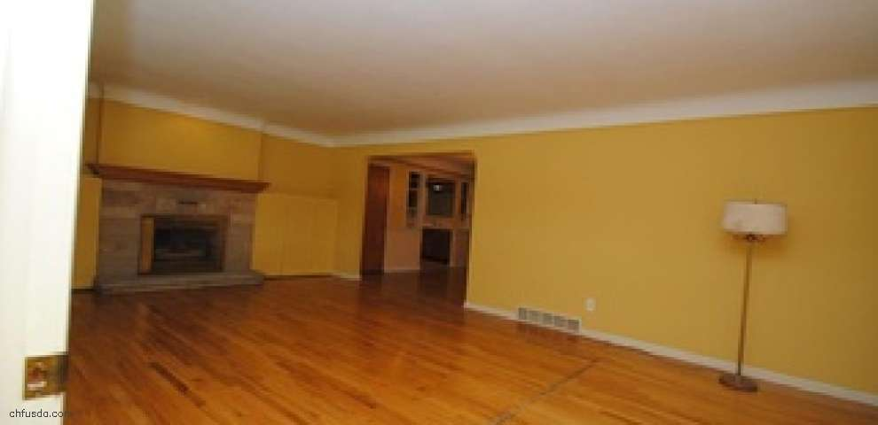 29169 Lorain Rd, North Olmsted, OH 44070