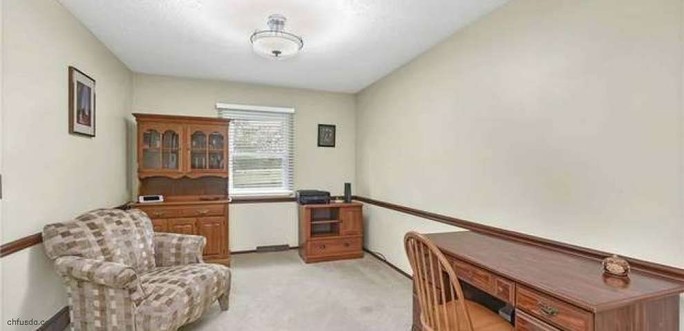 30958 Windy Hollow Ln, North Olmsted, OH 44070 - Property Images