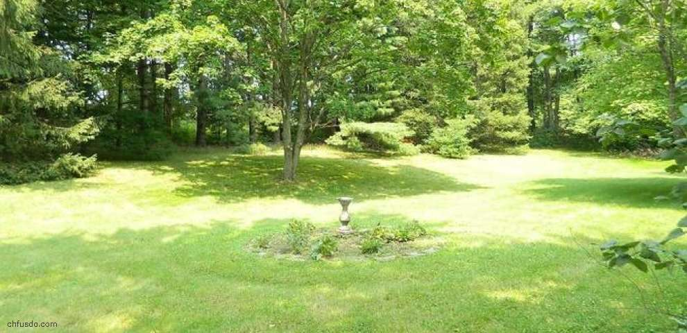 8422 Chagrin Mills Rd, Novelty, OH 44072 - Property Images