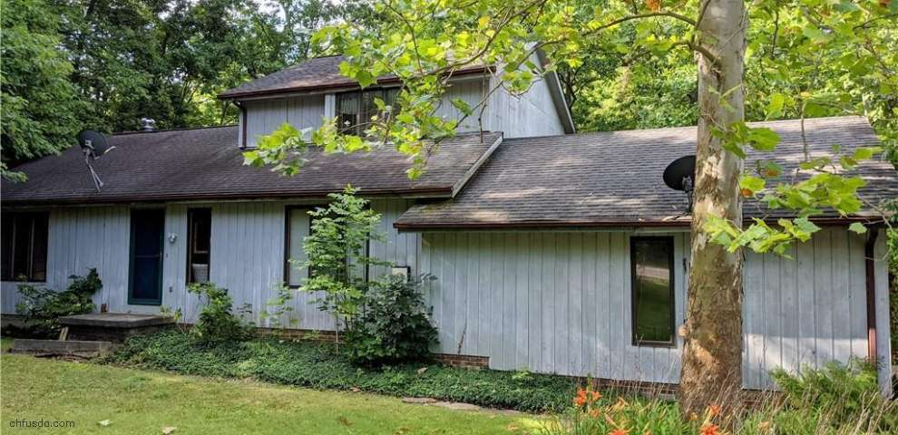 10630 Prouty Rd, Concord, OH 44077