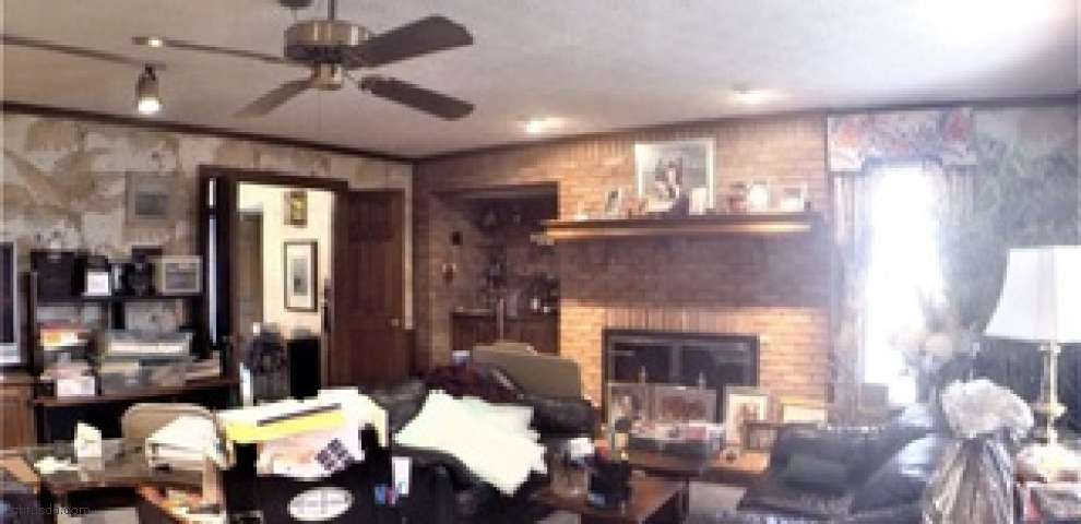160 Hickory Hill Rd, Painesville, OH 44077