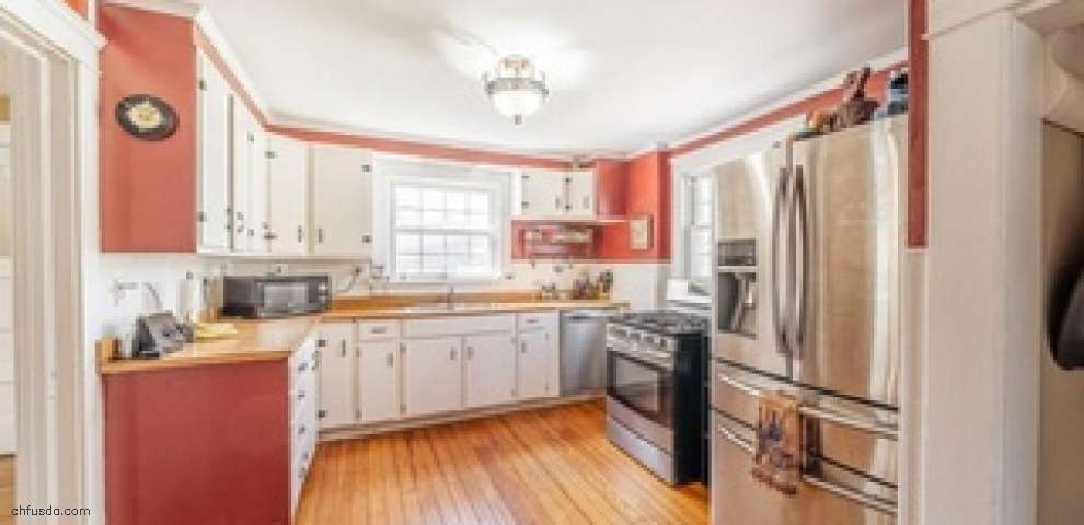 442 New 4th St, Fairport Harbor, OH 44077