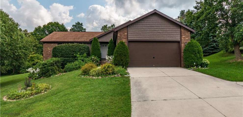 63 Orton Rd, Painesville Township, OH 44077