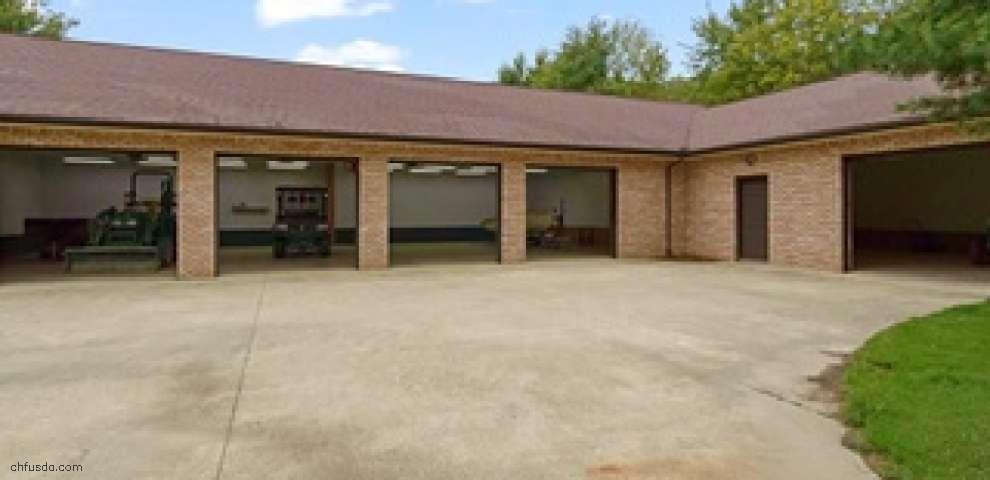 8000 Brakeman Rd, Leroy, OH 44077