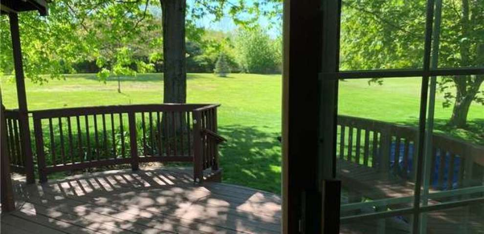 3706 Blackmore Rd, Perry, OH 44081