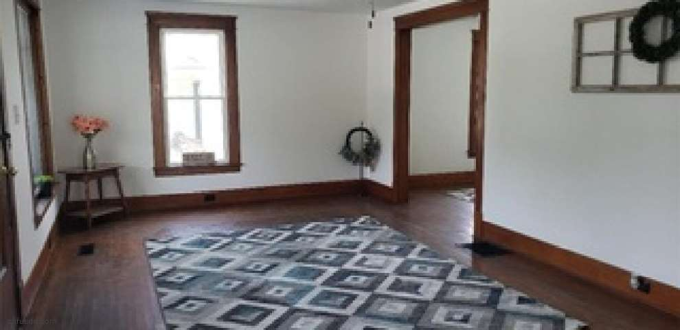 2932 High St, Rock Creek, OH 44084 - Property Images
