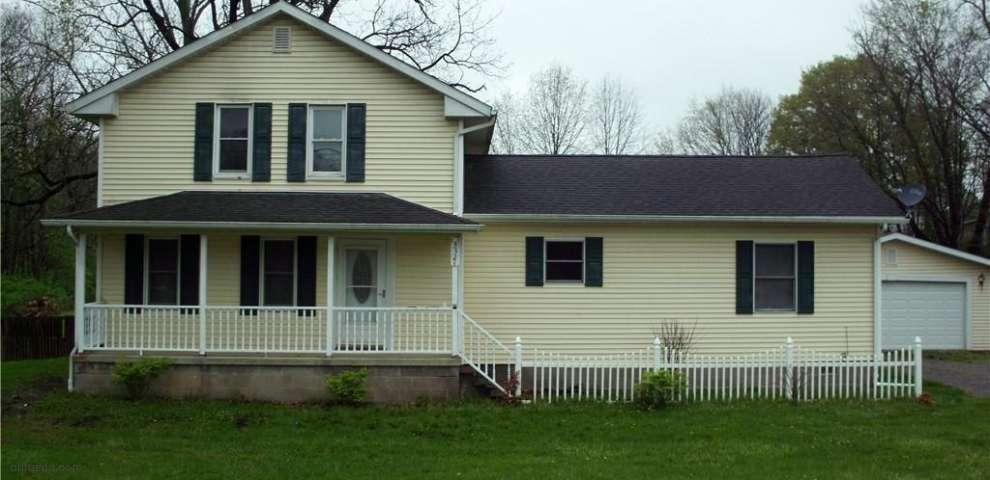 3321 S Main St, Rock Creek, OH 44084