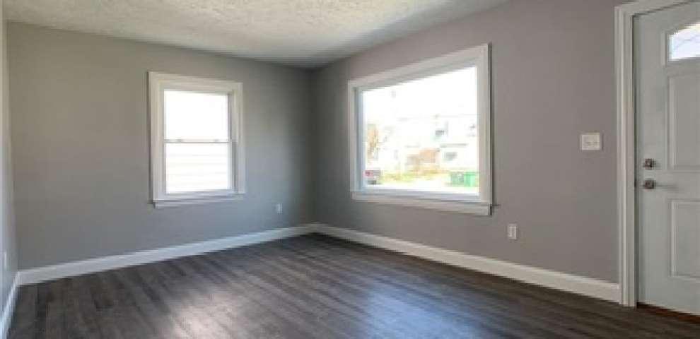 1708 Douglas Rd, Wickliffe, OH 44092