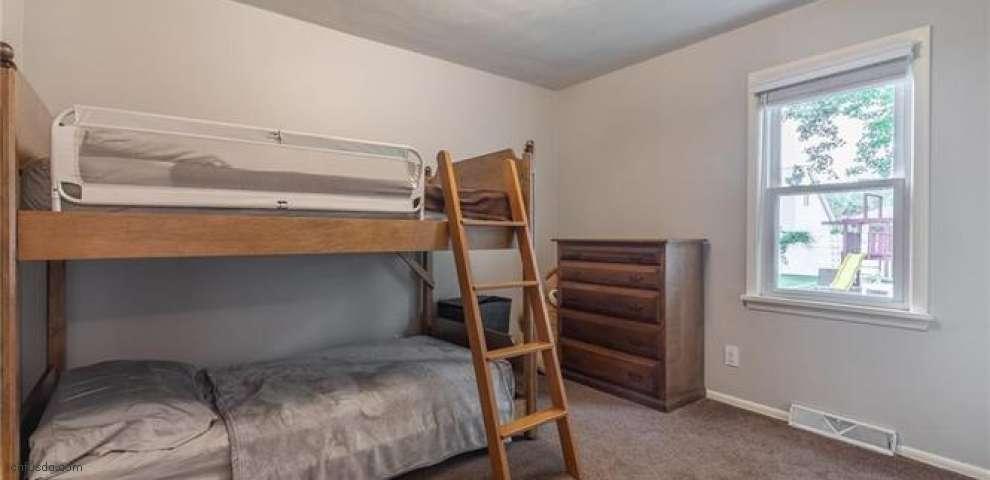 1039 Eastlake Dr, Eastlake, OH 44095 - Property Images